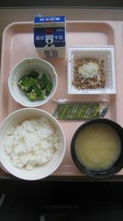 25日朝食.JPG